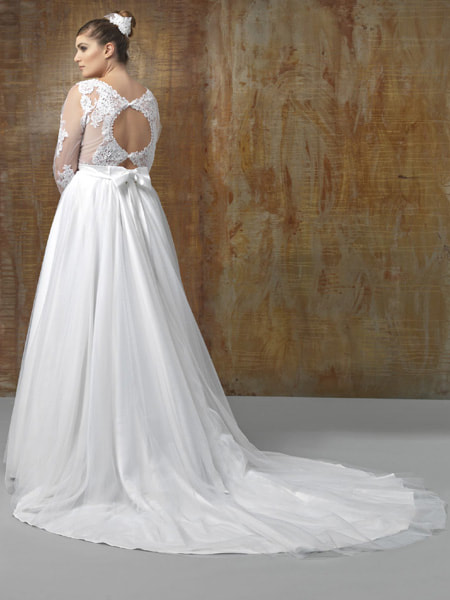 Bridal De Plus Collection